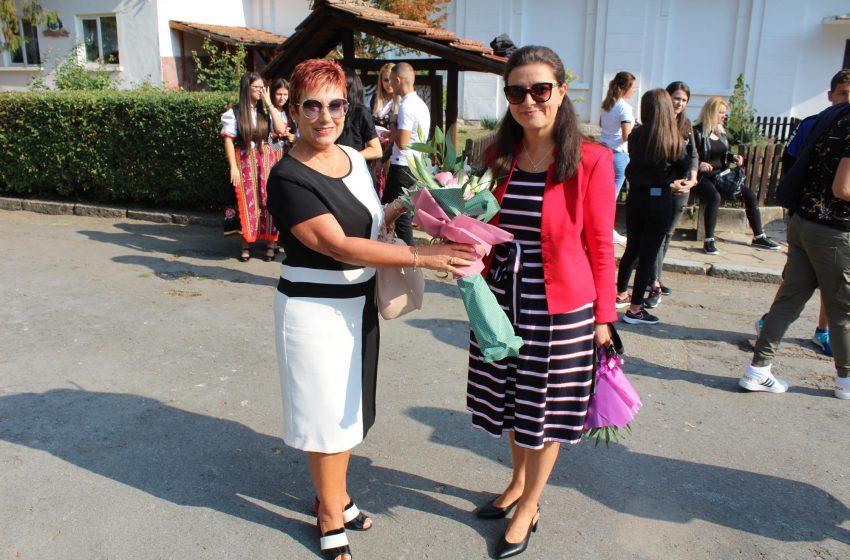 В Община Тетевен тържествено бе даден старта на новата учебна година